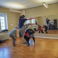 Dancing on the Ringmur 2.0. - dansrepetitioner. Foto: Linnea Rheborg