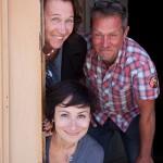Skådespelare Martyna Lisowska o Kickan Holmberg med regissör Stefan Marling. Foto: Stig Hammarstedt
